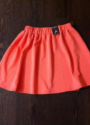 Красная юбка в рубчик atmosphere