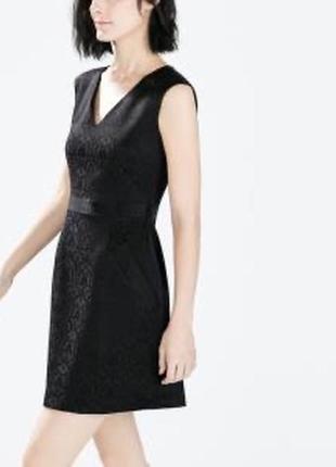 Zara платье жаккард