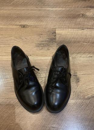 Dr.martens туфли женские кожаные