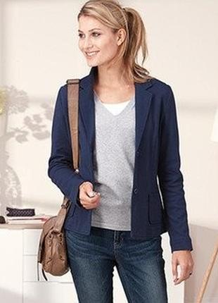 Стильный трикотажный жакет, пиджак, германия ( евро 48)