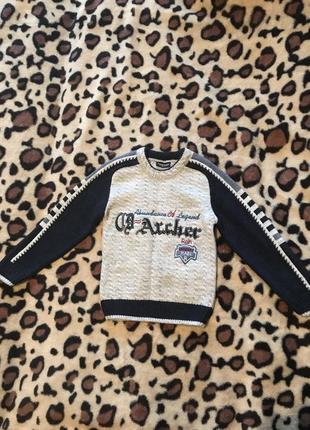 Очень тёплый новый свитер для мальчика