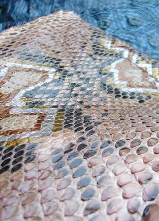 Шикарная лаковая сумочка, клатч,  косметичка из натуральной кожи питона, змеи.