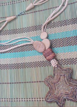 Эксклюзивное украшение на шею из натуральных материалов в стиле этно