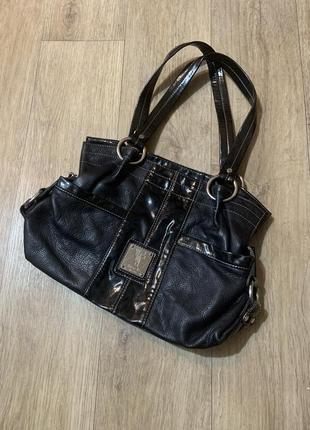 Брендовая женская чёрная сумка tignanello,