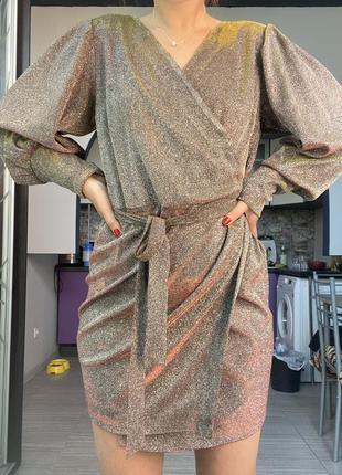 Блестящее платье новогоднее