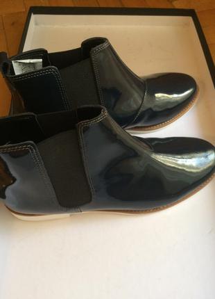 Лаковые кожаные ботики heine 41
