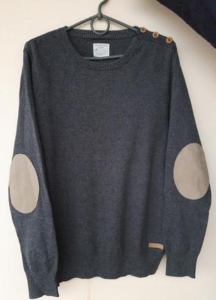 Мужской свитерок тонкой вязки