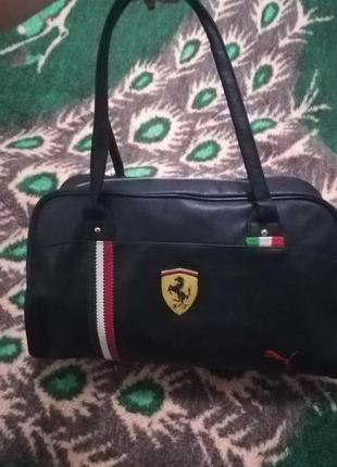 Спортивная сумка феррари