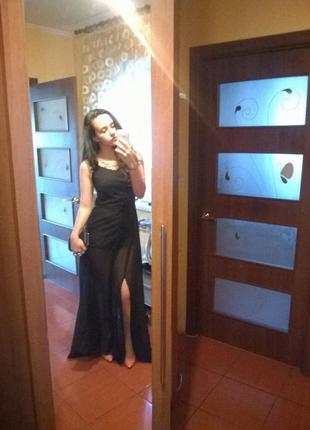 Очень красивое платье впол