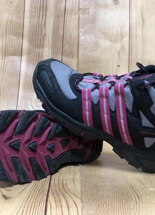Треккинговые ботинки adidas 38 р.