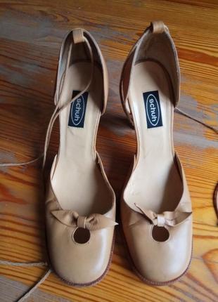 Нестандартні туфельки schuh