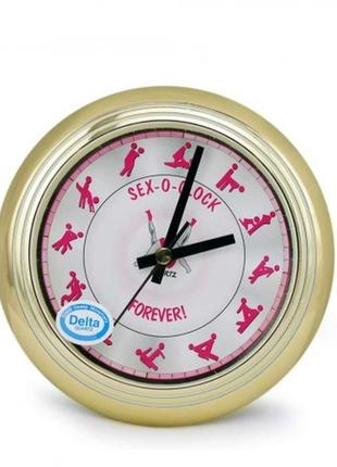 Оригинальные настенные часы для спальни