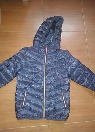 Куртка для дівчинки  весняно -осіння