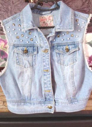 Крута джинсова жилєтка