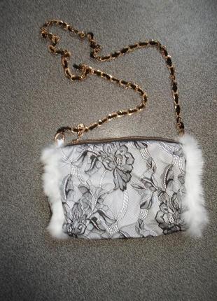 Небольшая,оригинальная сумка  текстиль+гипюр+натур. мех