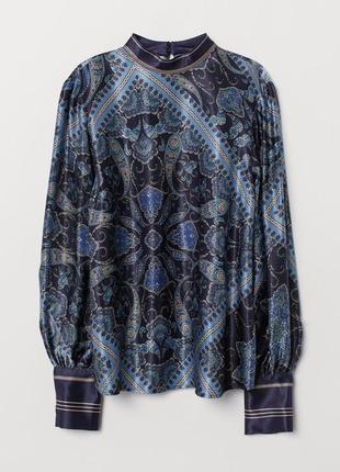 Вискозная нарядна блестящая блуза с рисунком пейсли