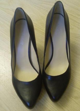 Туфли  черные nine west