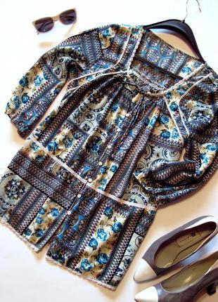 Блуза лекая свободного кроя