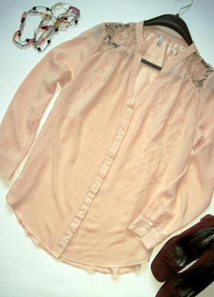 Блуза легкая с кружевом