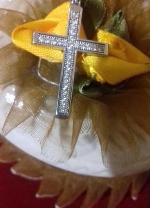 Продам серебряный крестик
