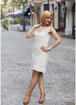 Платье  кружевное макраме massimo dutti