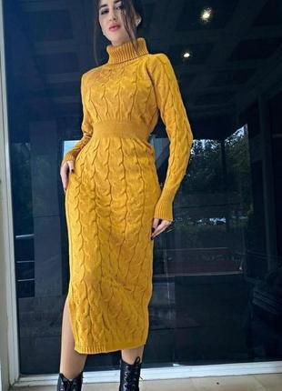 Тёплое женское платье
