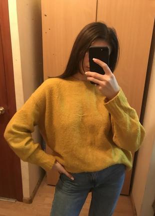 Очень тёплый свитер zara