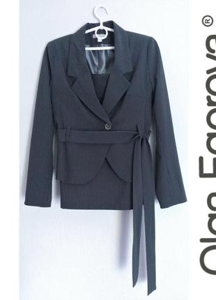 Деловой костюм - пиджак + юбка s-m
