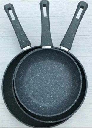 Наборы сковородок