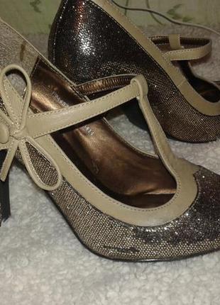Казкові туфельки 36-37 розмір