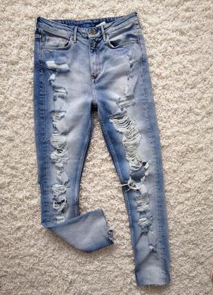 Классные рваные женские джинсы скинни h&m 28/32 в прекрасном состоянии