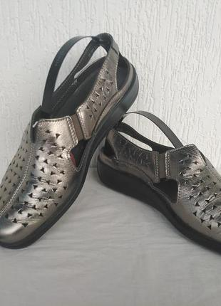 Туфли,босоножки кожанние hotter comfort concept р.40