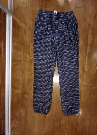 Шелк! шелковые брюки  на тоненькой подкладке с выточками и карманами