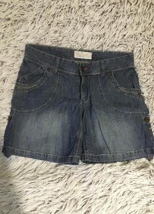 Очень красивые стильные летние джинсовые шорты