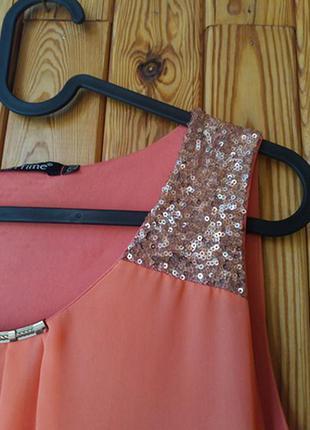 Шифоновое платье с пайетками