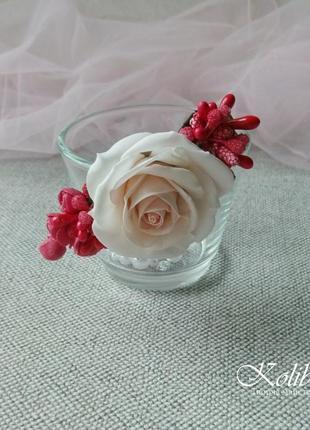 Заколка з трояндою