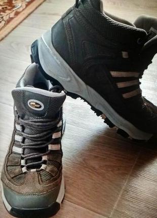 Кроссовки зимние adidas gore - tex оригинал! размер 40 - 41