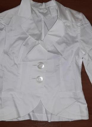 """Белый пиджак,  с рукавом 3/4. viol""""s р. 42"""