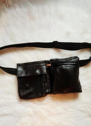 Черная вместительная кожаная поясная сумка с карманами бананка на талию дизайнерская