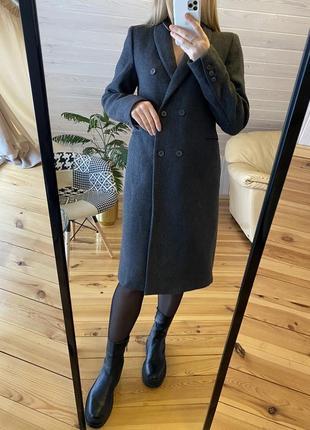 Классическое серое пальто zara 69% шерсть!!!