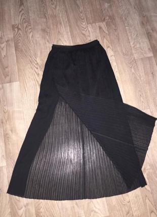 Длинная чёрная юбка