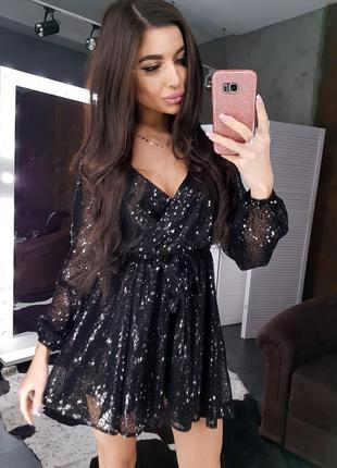 Роскошное сияющее вечернее мини платье с пайетками в паетках