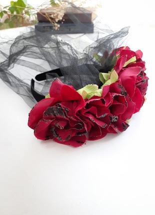Обруч с фатой и вуалью с черепом розы на halloween ободок невеста дракулы