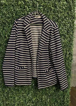 Новый шикарный трикотажный пиджак george