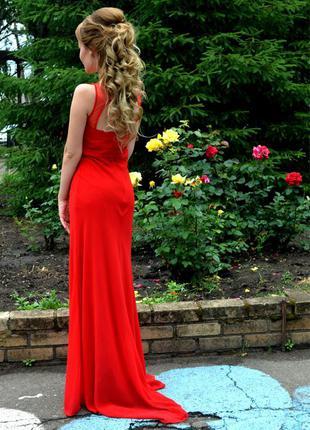 Выпускное красное длинное платье