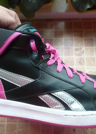 Высокие кроссовки для девушки reebok длина по стельке 24, 7 см
