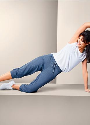 Спортивные, качественные бриджи, брюки, длина 3/4 тсм чибо. s