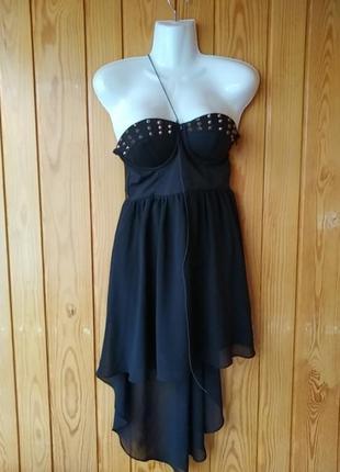 Платье с шипами