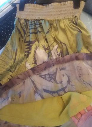 Очень красивая брендовая юбка