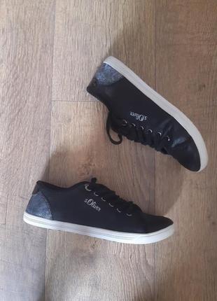 Кожаные фирменные оригинальные мокасины кроссовки